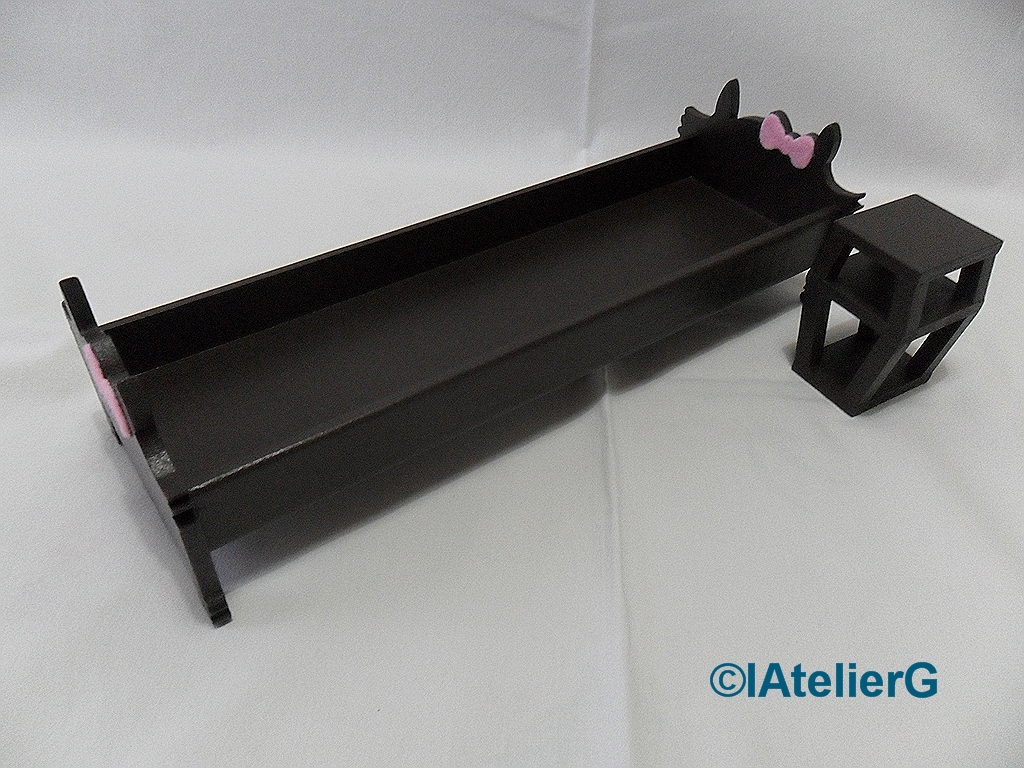 latelierg 7 sp cial monster high lit pour clawdeen wolf. Black Bedroom Furniture Sets. Home Design Ideas