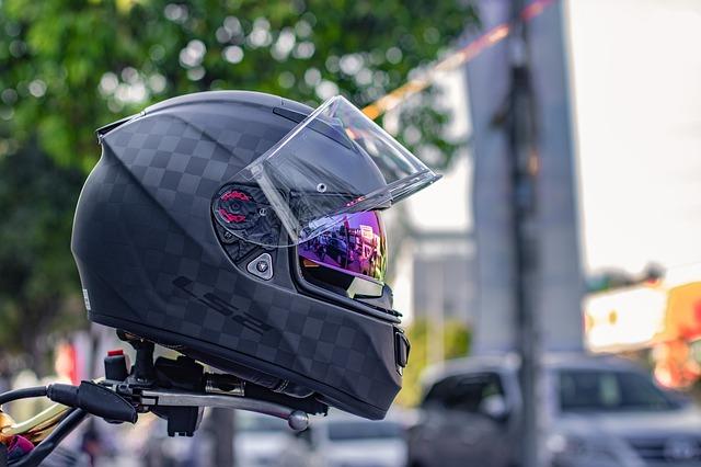 Perhatikan Ini Sebelum Membeli Helm, Tips Dan Cara Memilih Helm Yang Aman Dan Nyaman