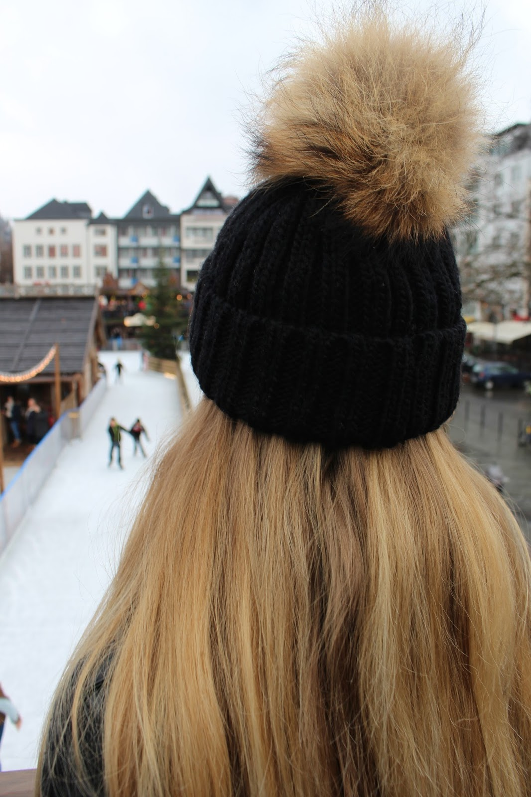 fur pom pom beanie winter