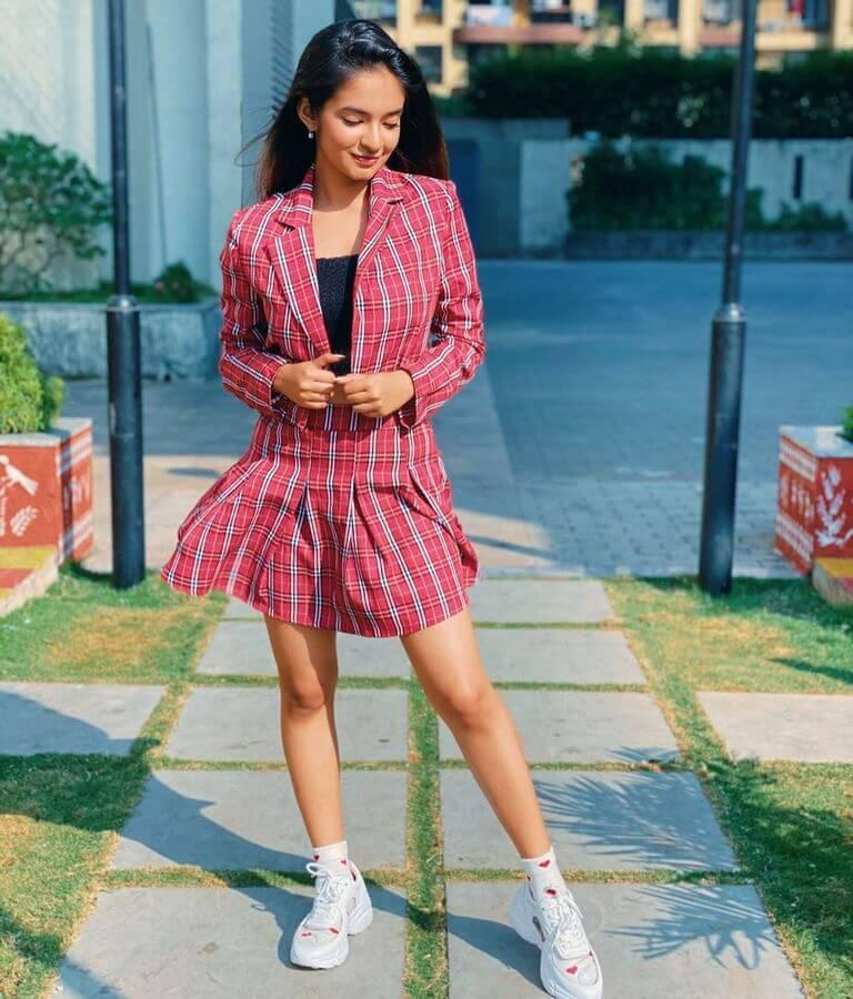 anushka sen hd images, anushka sen instagram images, photos of anushka sen, bollywood actress anushka sen photos, indian tv actress images, bollywood actress, bollywood actress name list.