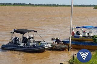 http://vnoticia.com.br/noticia/2417-folioes-resgatados-apos-barco-afundar-no-rio-paraiba-em-sao-joao-da-barra