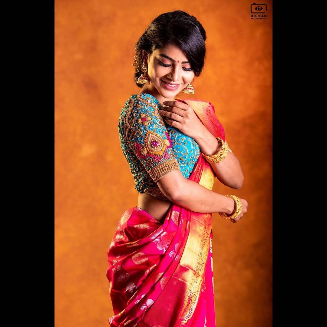 Pavithra Lakshmi 7