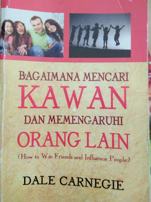 Review Buku Bagaimana Mencari Kawan Dan Mempengaruhi Orang Lain