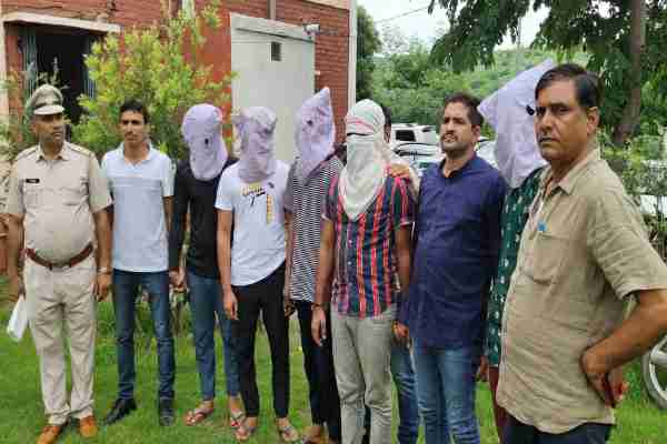 sohna-crime-branch-arrested-5-badmash-looting-flipkart-delivery-boys