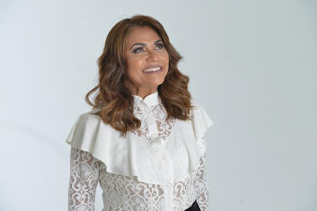 """Raquel Mello lança o single """"Tua Graça me Alcançou"""""""