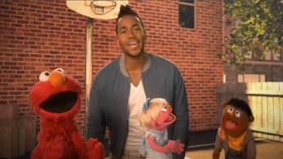Quiero Ser Tu Amigo is a Sesame Street song performed by Romeo Santos with Anything Muppets and Elmo. Sesame Street The Best of Elmo 3