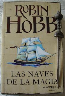 Portada del libro Las naves de la magia, de Robin Hobb