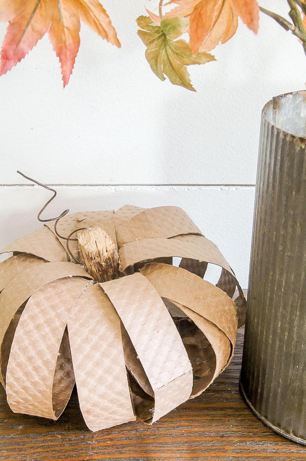cardboard coffee cup sleeve pumpkins, diy pumpkins