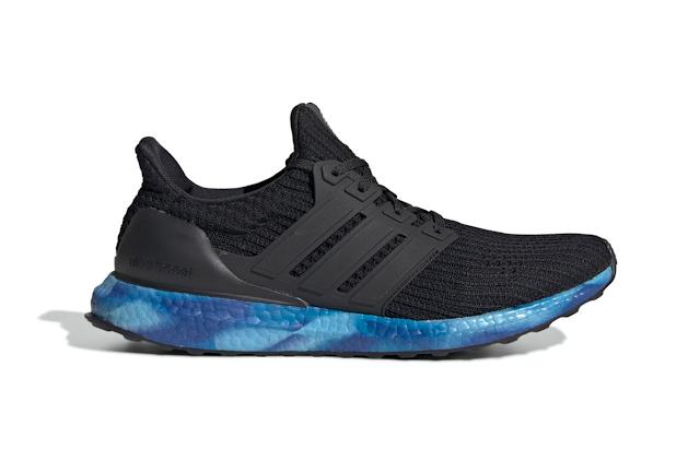 Adidas tái phát hành UltraBoost OG đế nhuộm màu trở lại