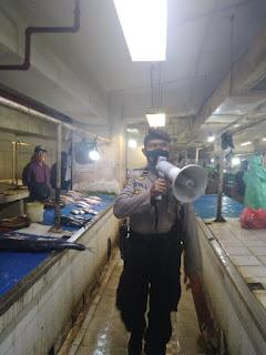 Operasi Yustisi, Polres Pelabuhan Makassar Blusukan di Pasar Ikan Terkait Protokol Kesehatan
