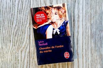 Lundi Librairie : Chevalier de l'ordre du mérite - Sylvie Testud