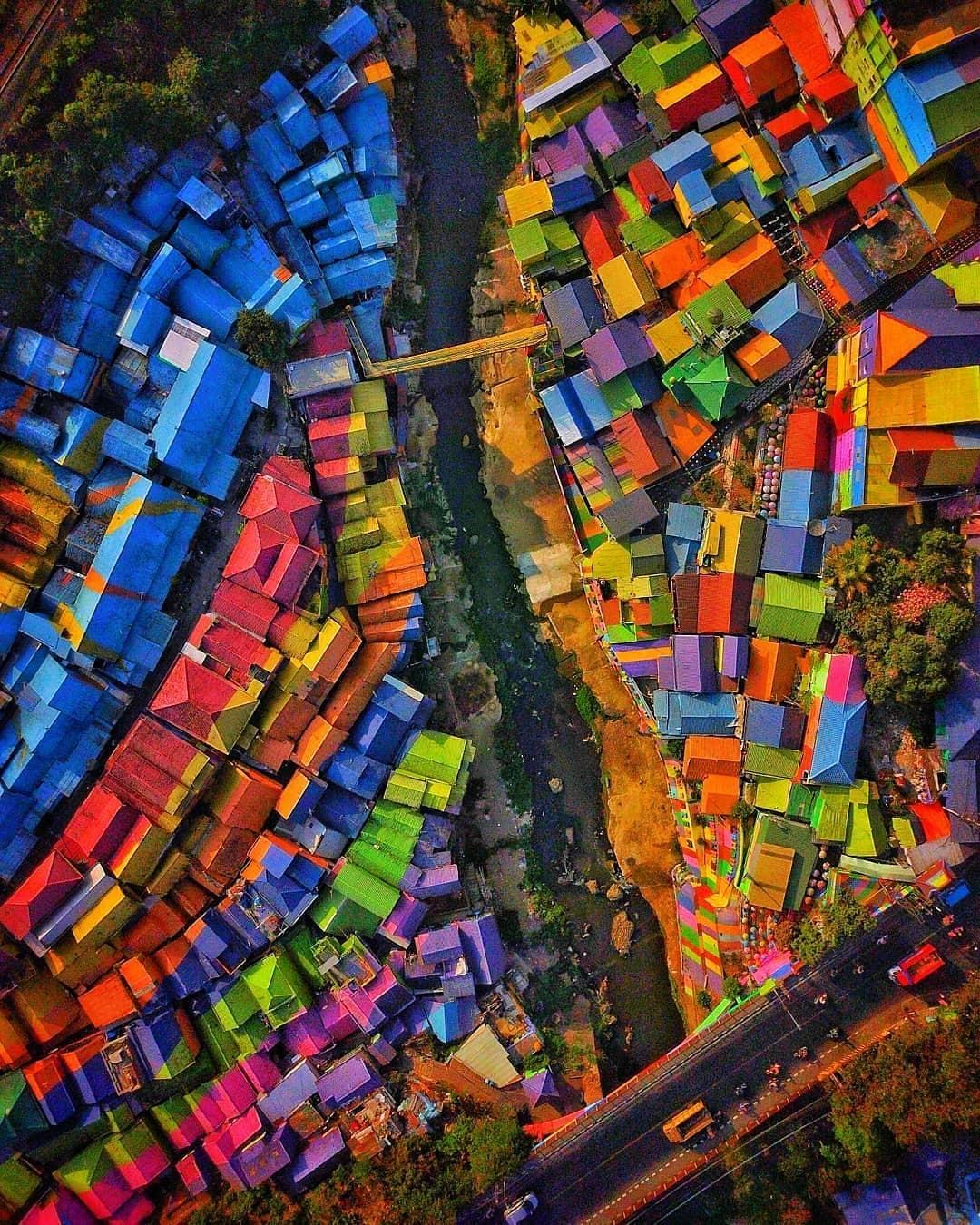 Kampung Warna Warni Jodipan Kota Malang Jawa Timur
