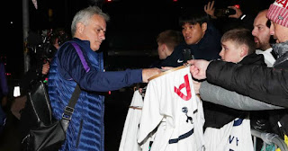 Jose Mourinho mobbed by fans as Tottenham arrive at team hotel in Manchester