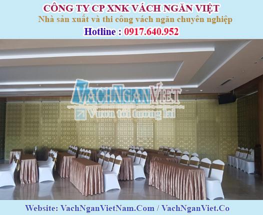 VACH-NGAN-CNC-NHA-HANG-TIEC-CUOI