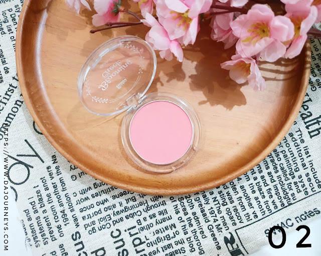 Review Fanbo Precious White Blooming Cheek 02 Prom Kiss