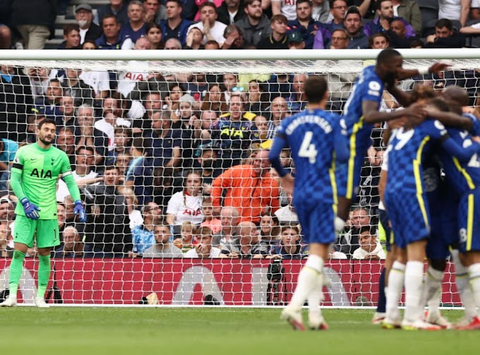 Tottenham 0-3 Chelsea: Blues weather early storm to comprehensively beat Spurs