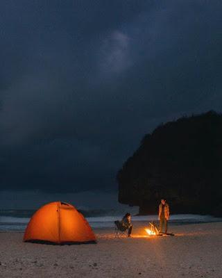 Camping di Pantai Greweng