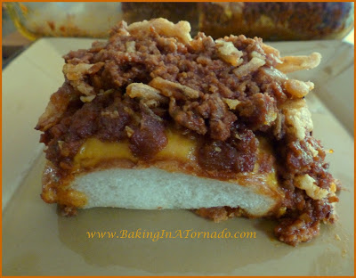 Sloppy Joe Casserole, a classic sloppy joe served casserole style with a crunch on the top and the bottom | www.BakingInATornado.com | #recipe #dinner