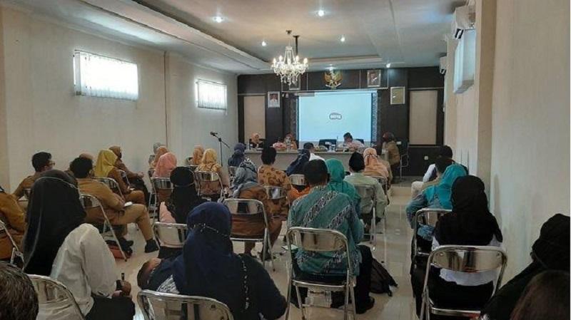 Pansus IV DPRD Jabar Sosialisasikan Raperda Perlindungan Anak di DPPKBP3A Kabupaten Cirebon