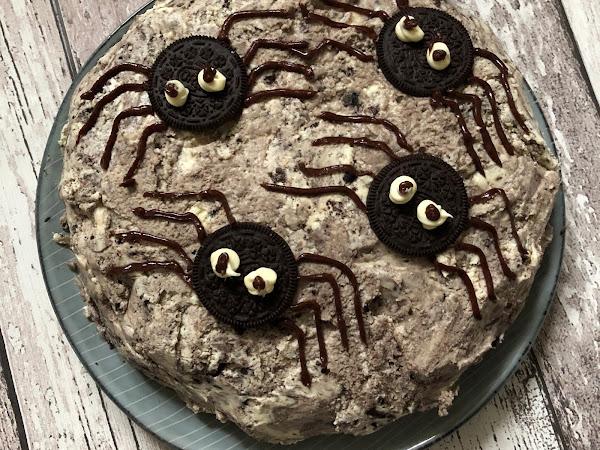 Halloween Oreo Cake