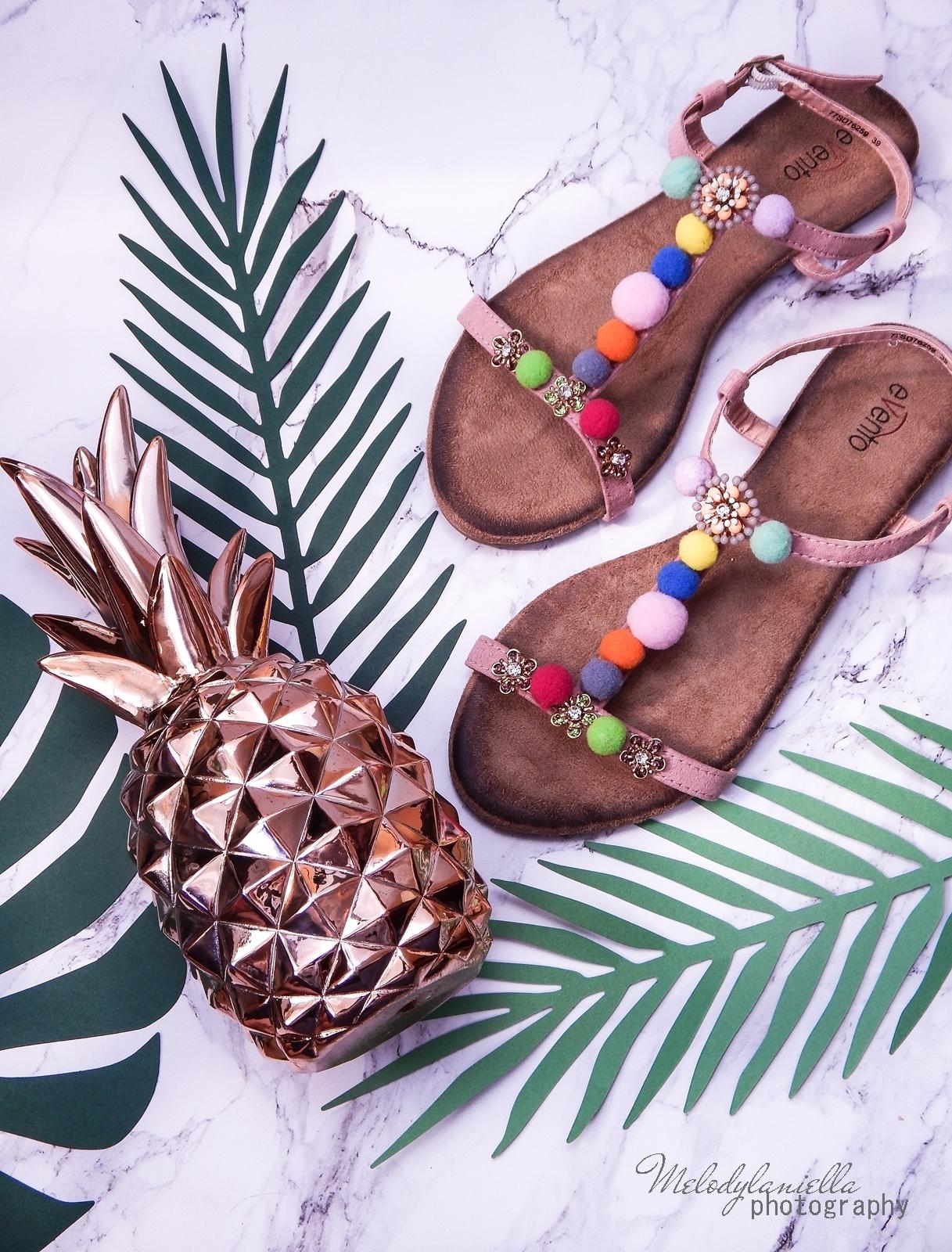 13 buty łuków baleriny tenisówki mokasyny sandały z ponopnami trzy modele butów modnych na lato melodylaniella recenzje buty coca-cola szare półbuty z kokardą buty na wesele buty do sukienki moda