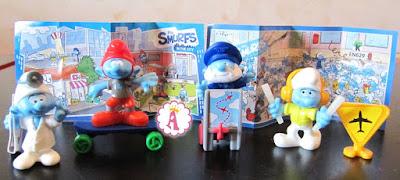 Серия игрушек Киндер Сюрпризы Смурфики в городе 2018