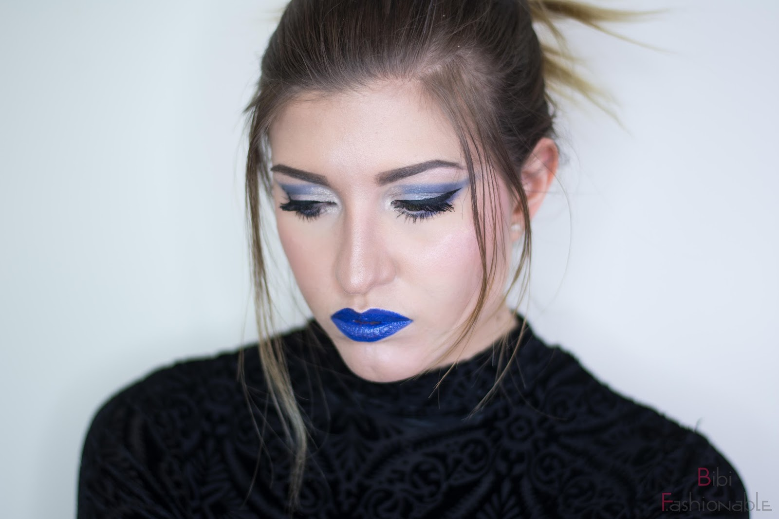 NYX Look Shades of Blue Blick nach unten