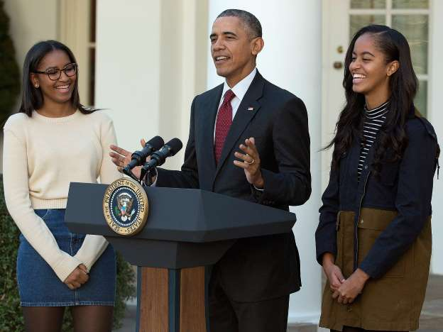 Obama Reveals 3 Pieces of Advice He's Shared with Daughters Malia and Sasha