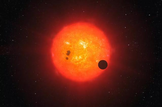 Ilustração artística de exoplaneta em trânsito - ESO