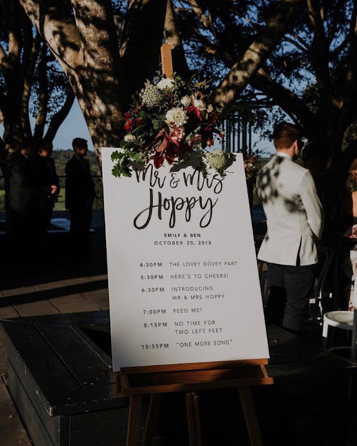 BRISBANE WEDDING STATIONERY INVITATIONS SIGNAGE DECOR FLORIDO WEDDINGS