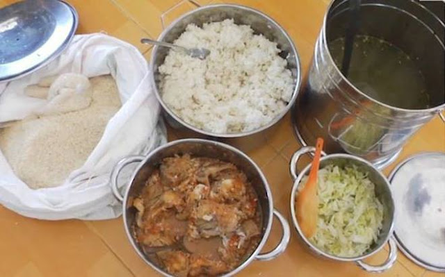 cơm cho trẻ ăn có dấu hiệu mốc xanh