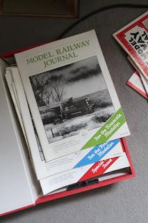 Saturday ramble - MRJ and the layout wobble