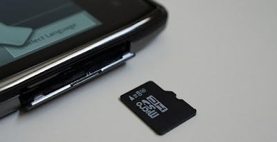 Why the majority of smartphone companies do not offer MicroSD Card
