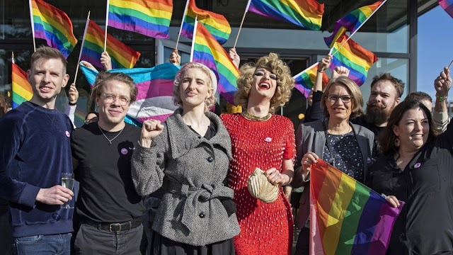 Svájcban törvényileg is fellépnének a homofóbia ellen