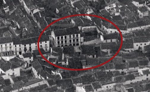 Molino del Rey en la plaza del Llanete de Martos
