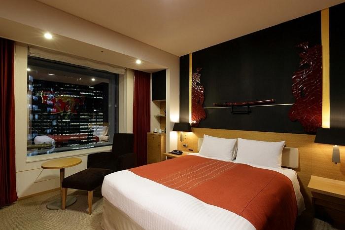 No. 25 – Park Hotel Tokyo Artist Room 'Samurai' designed by Kenyu Mitsuhashi