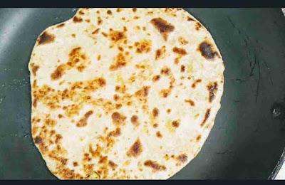 Crisp golden Gobi paratha for Gobi paratha recipe