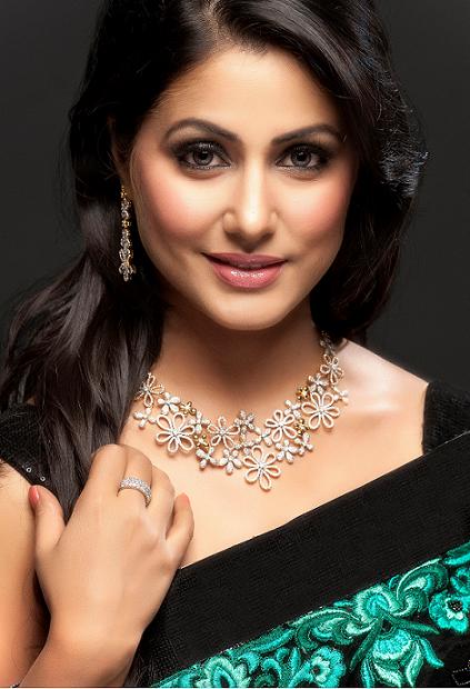 free stars wallpaper: Hina Khan HD Wallpaper
