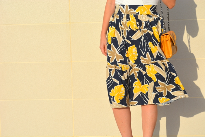 zara-printed-midi-skirt