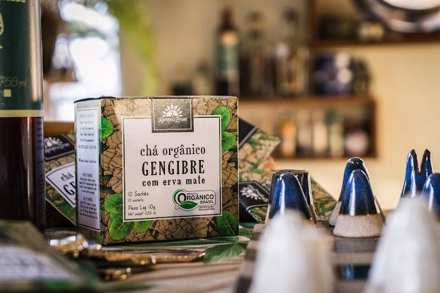 Chá de gengibre orgânico utilizado em drink