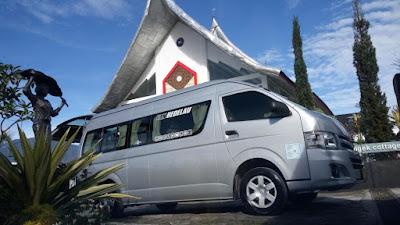 travelbuspariwisata14