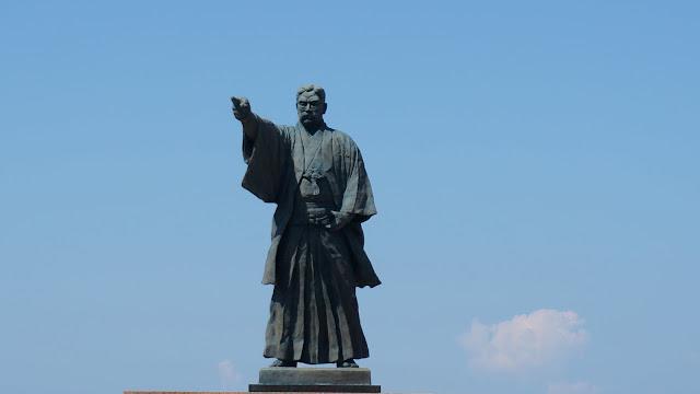 岩崎彌太郎の銅像