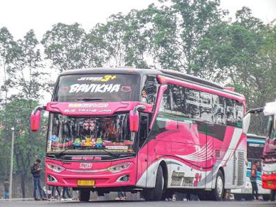 Foto Bus Sudiro Tungga Jaya Bavikha