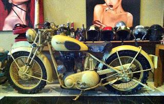 LAPAK MOGE KLASIK : Jual Koleksi Motor Tua Norton 1952 - JAKARTA