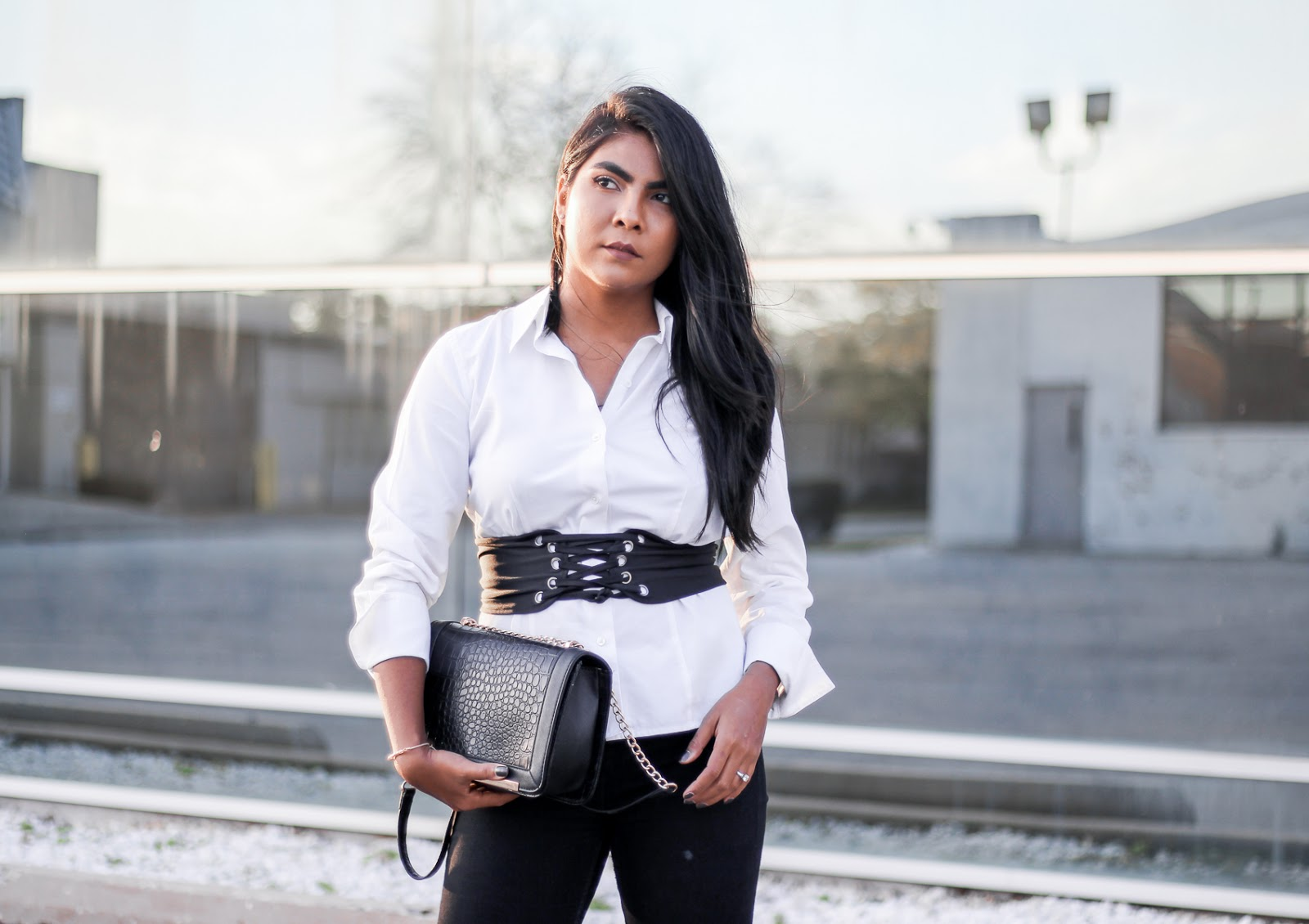 corset-belt-outfit