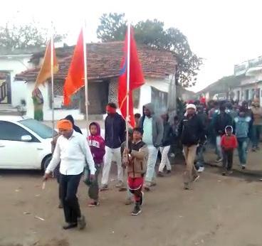 सिंगोड़ी में निकल रही रामधुन प्रभात फेरी   Singodi main nikal rhi ramdhun prabhat feri