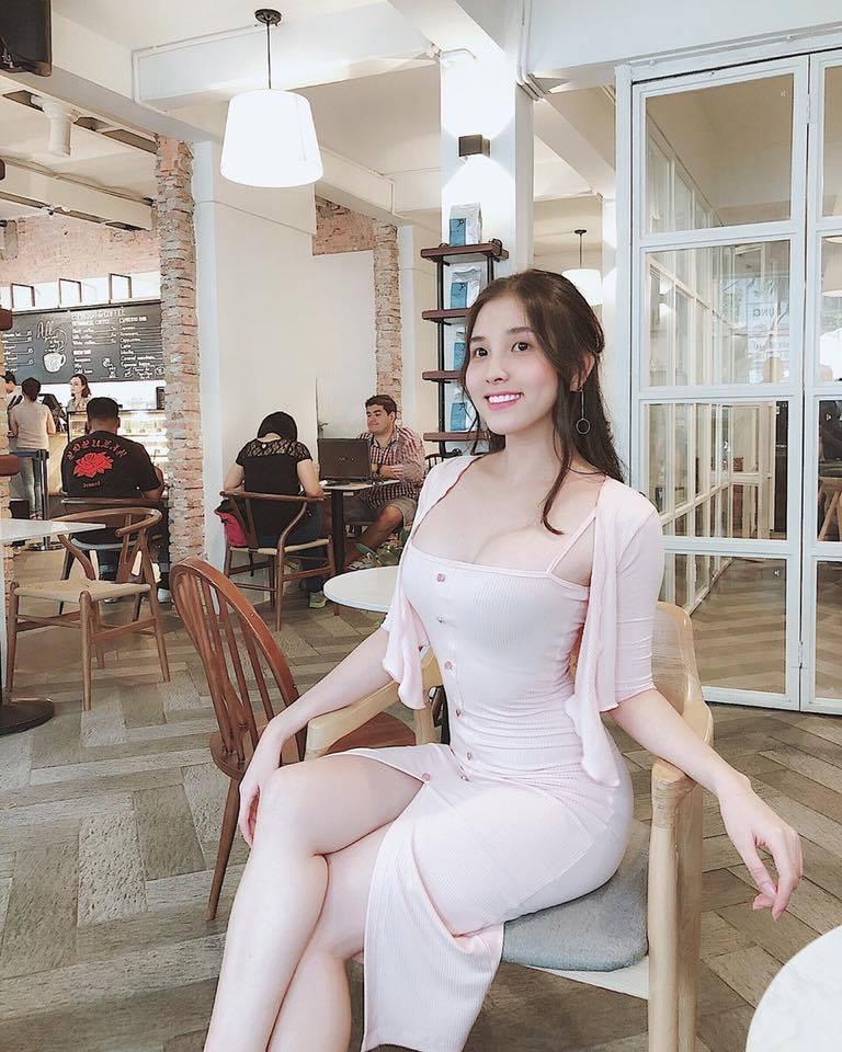 Ảnh Hot girl, sexy girl, bikini, người đẹp Việt sưu tầm (P6) 39786109_450992692054305_5819079364888756224_n