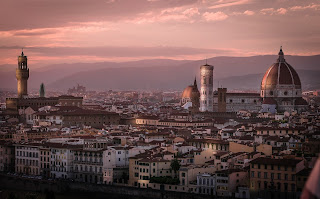 Giuttari's novels are set in the historic and atmospheric city of Florence