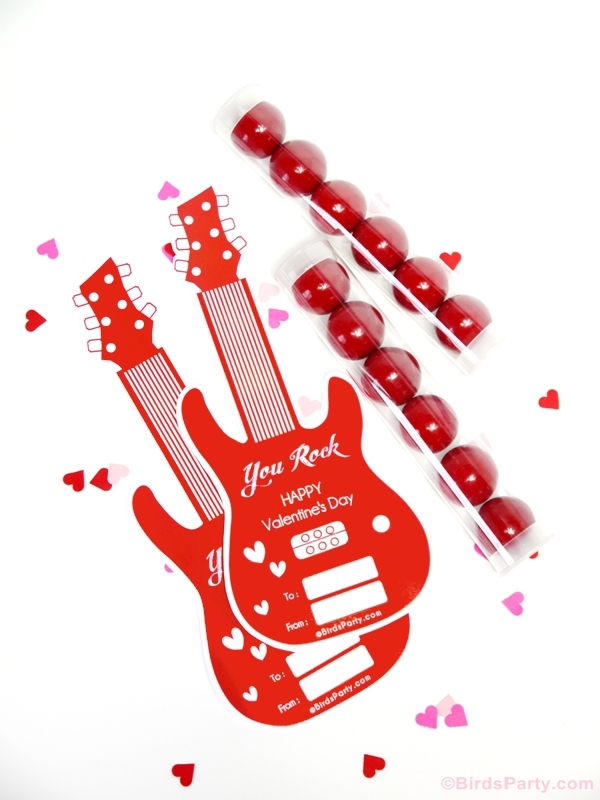 You Rock Valentine's Day Guitar Gift Idea & Free Printable Tags - BirdsParty.com