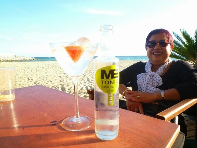 Santy con el gin tonic